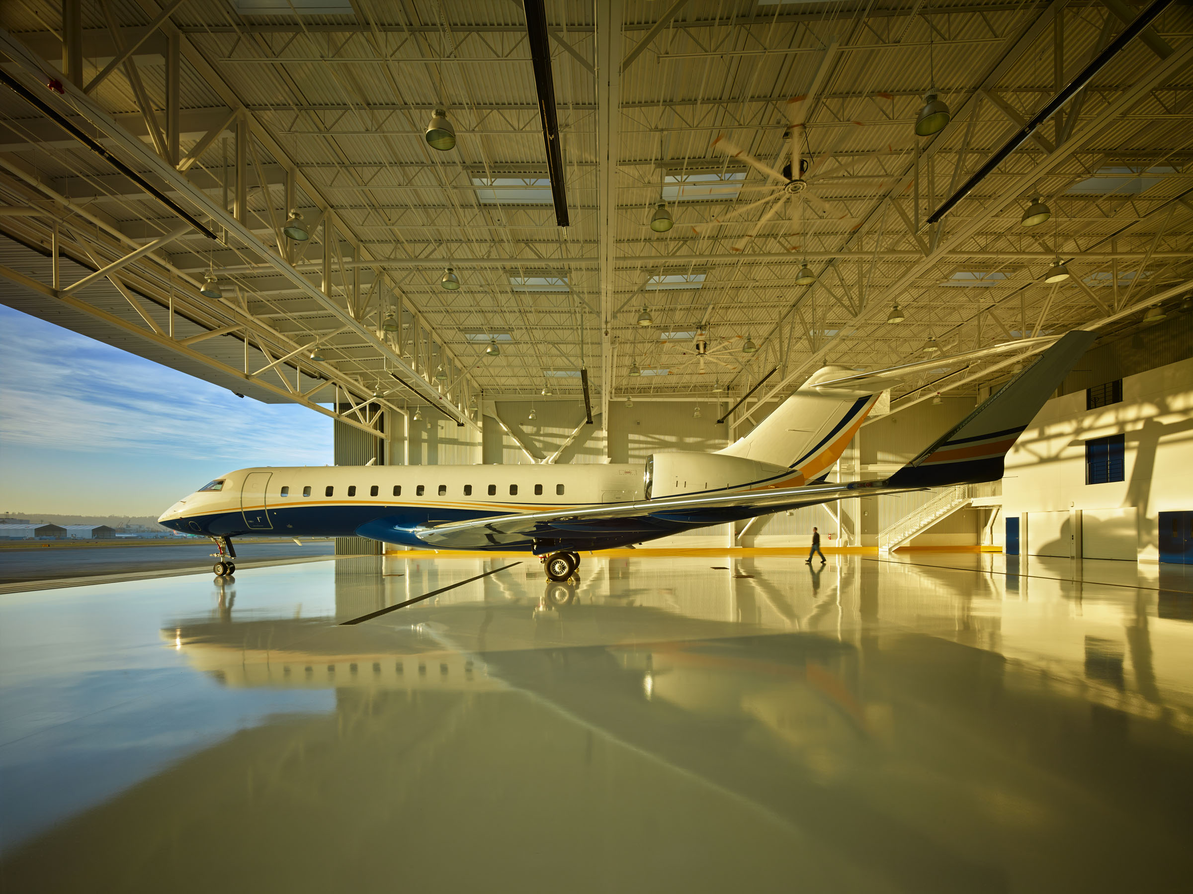 Northwest Airplane Hanger